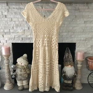 MODA INTERNATIONAL CREAM CROCHETED DRESS SIZE M